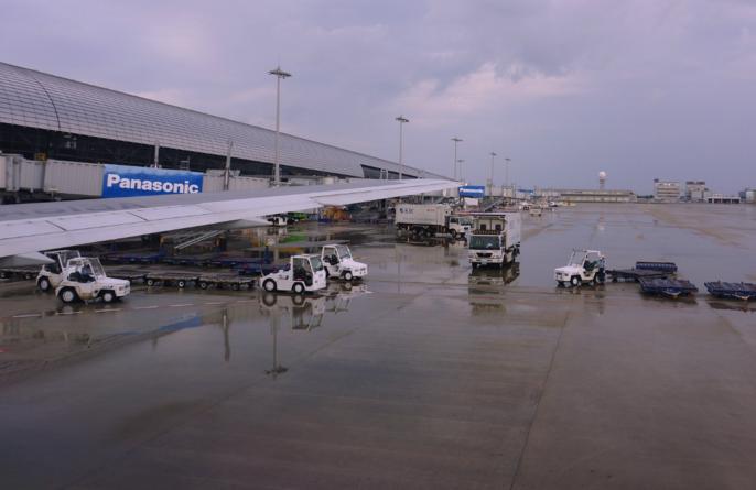 机场飞跑道外来物监测