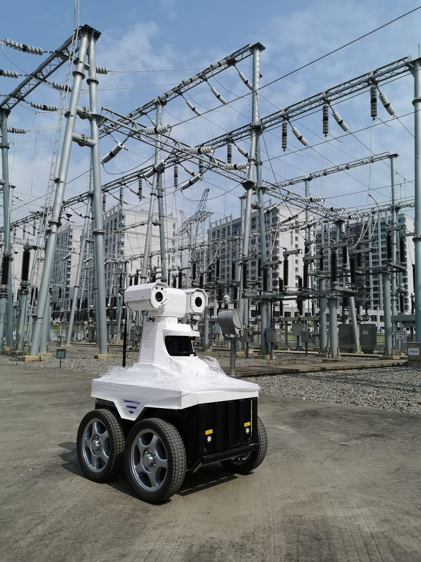 变电站智能巡检机器人巡检与传统人工巡检的对比